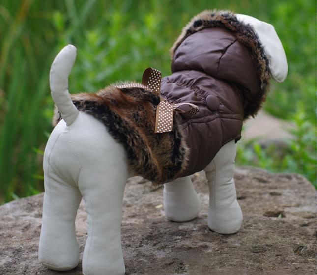 犬服のビックスマイル「ふんわりファーのエレガントコート XS/S/M」